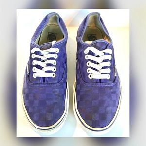 Vans Authentic Checkerboard Adult Size M/10 w/11.5